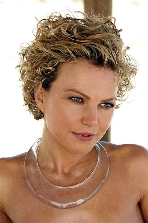 hairstyles  short curly hair women feed inspiration