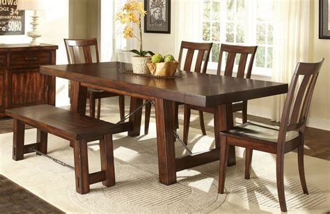 traditional casual dining room with 6 pieces tahoe