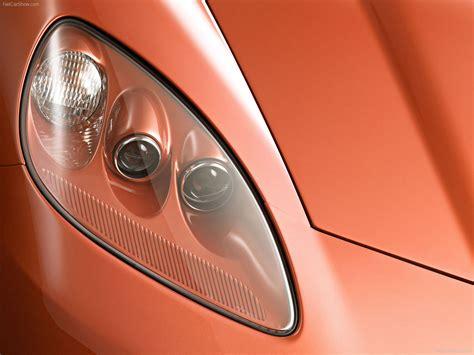 Chevrolet Corvette (2005) - picture 29 of 45