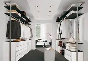 Begehbarer Kleiderschrank Regale : gro artig begehbarer kleiderschrank flur ideen innenarchitektur kollektion ~ Sanjose-hotels-ca.com Haus und Dekorationen