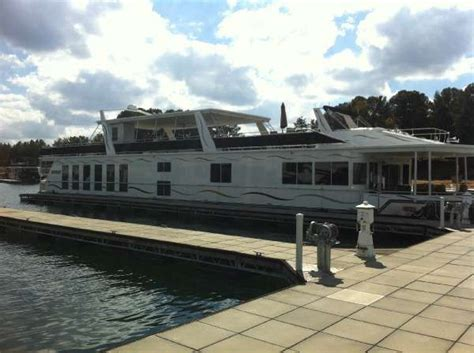 Houseboat Rentals Lake Norman Nc by 2006 Yachts 21 X 112 With Helipad