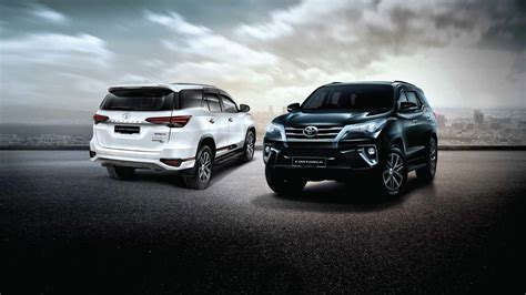 Toyota Fortuner 4k Wallpapers by Wallpapers Toyota Harrier 4k 2018 Cars Crossovers