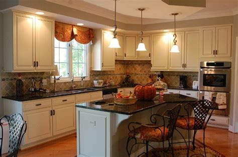 kitchen cabinets without crown molding 48 best images about tray ceilings fascias on 8190