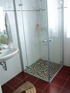 Kleines Bad Dusche : ebenerdige dusche 23 aktuelle bilder ~ Markanthonyermac.com Haus und Dekorationen