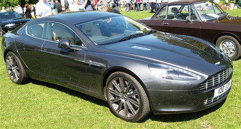 file aston martin rapide 2010or2011 at woburn jpg wikimedia commons