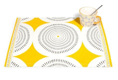cuisine jaune citron beautiful salon jaune citron contemporary awesome