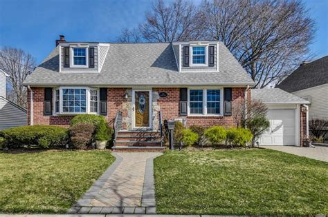 cypress st floral park ny  mls  redfin
