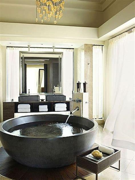Freistehende Badewanne Rund freistehende badewanne blickfang und luxus im badezimmer