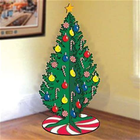 wood christmas tree pattern    foot slotted