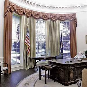 27  Hang Out In The Oval Office