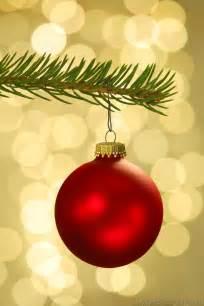 tree decorations decorating