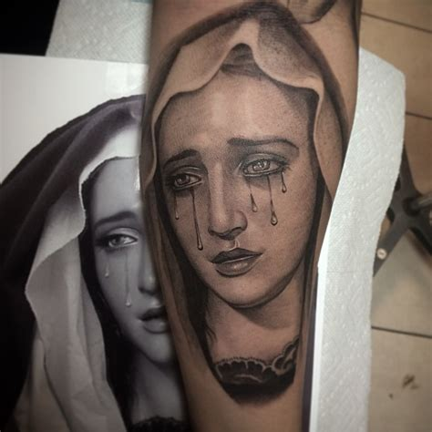 Tatouage Vierge Marie  Top 35 Des Plus Beaux Dessins