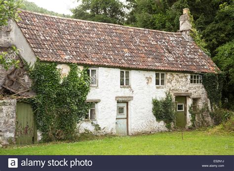 traditional cottage old traditional unmodernised welsh cottage farmhouse great britain stock photo royalty free