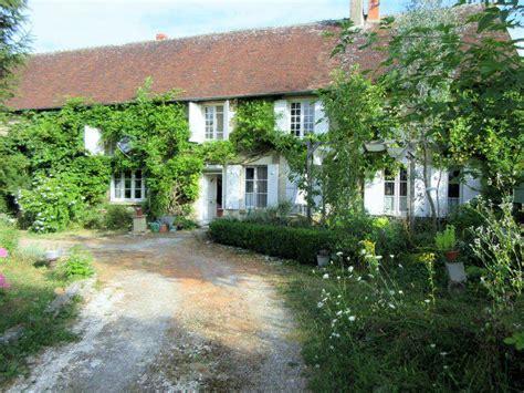maison a vendre nievre maison 224 vendre en bourgogne nievre couloutre vaste maison d artistes pr 234 te pour de futurs