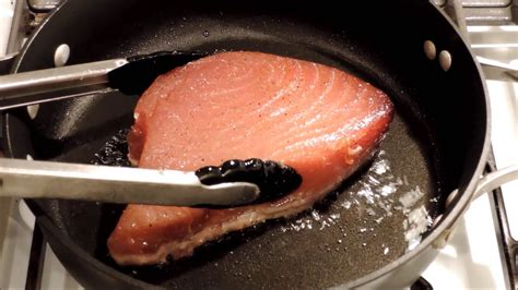 how do you cook tuna how to cook seared tuna steak episode 24 youtube