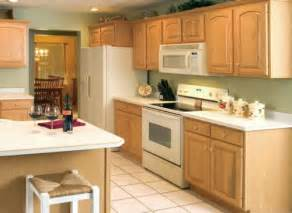 kitchen painting ideas with oak cabinets small kitchen with oak cabinets with paint color ideas cdhoye com