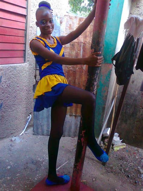 Blackand Girl Naked12