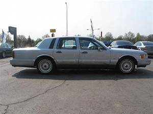 1993 Lincoln Town Car Executive For Sale In Independence
