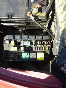 Where Is The Fuel Pump Relay Located On A 1998 Ford