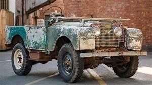 Land Rover Serie 1 : land rover series 1 reborn with factory restoration effort autoblog ~ Medecine-chirurgie-esthetiques.com Avis de Voitures
