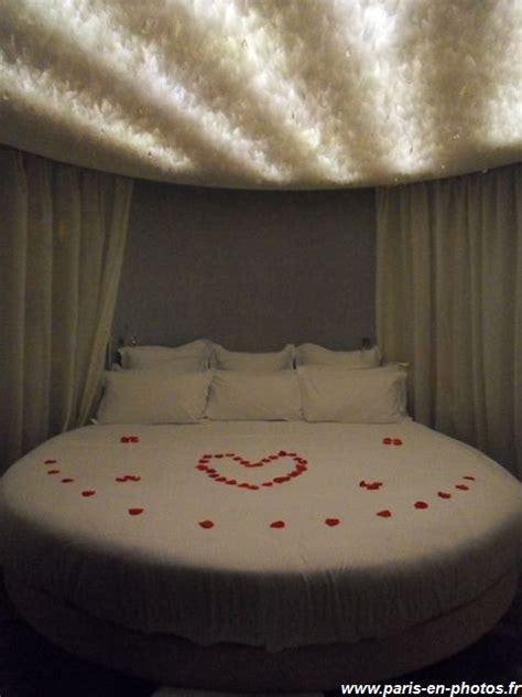 chambre des amoureux visite au seven hotel en photos