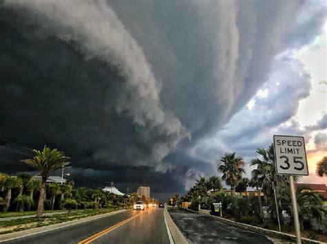 fact check    photograph  hurricane michael