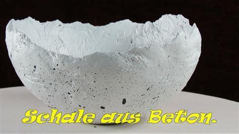 weihnachtsschmuck selber machen dekoschale aus beton selber machen ganz einfach