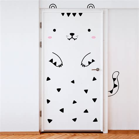 chambre kawaii a simple way to decorate a bedroom door decals be