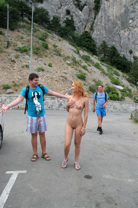Amazing Redhead Demonstrates Naked Body To Strangers Russian Sexy Girls