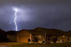 Piove in casa? L'inquilino non può rifiutarsi di pagare i canoni