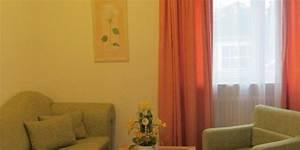 Hotel In Eching : doppelzimmer couch hotel angermeier in eching bei m nchen hotel garni angermeier in eching ~ Orissabook.com Haus und Dekorationen