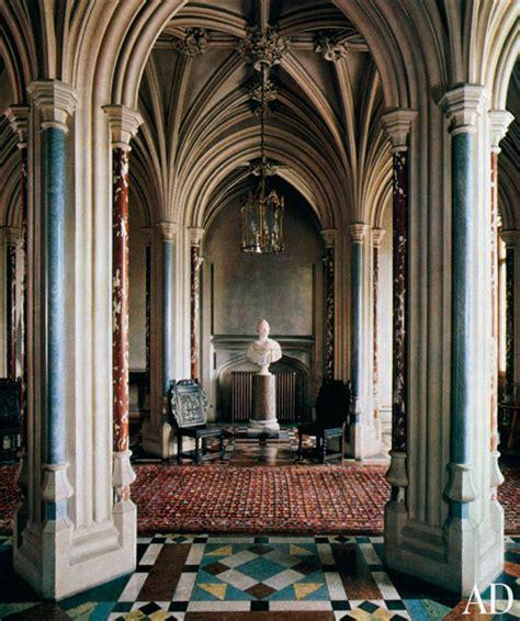 sense  simplicity downton abbey house