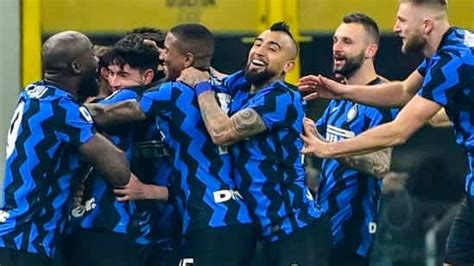 Inter make Serie A title statement as Barella downs ...