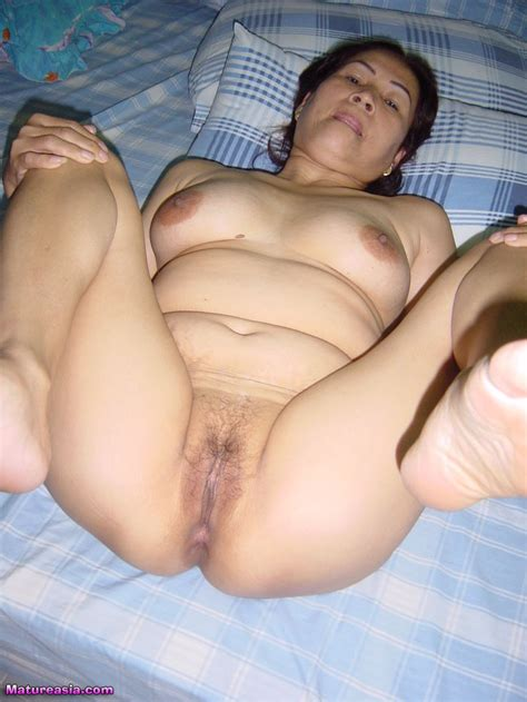 Granny Asian Spreading Her Ass And Pussy