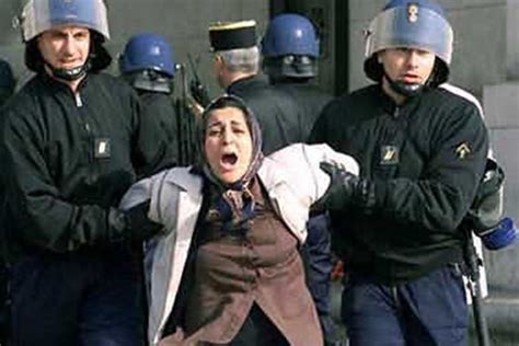 female bodybuilder arrested  iran  posting