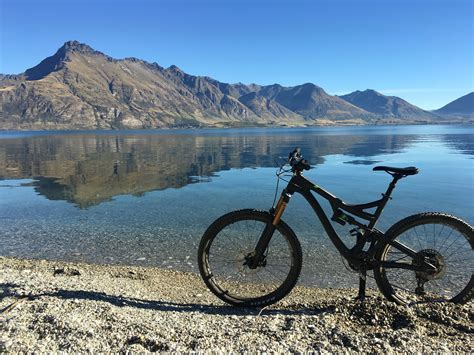 queenstown  top  mountain bike rides  snow chasers travel tips  skiers snowboarders