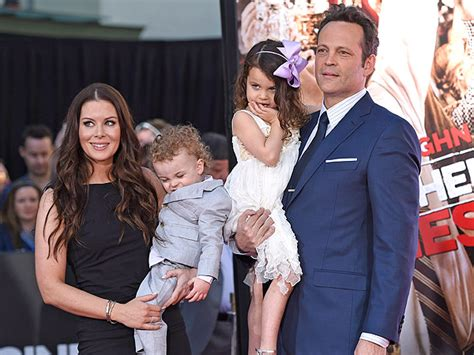 vince vaughn jokes  frozen damaging  daughter moms