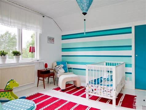 Kinderzimmer Streichen Streifen by Streifen In Blaut 246 Nen Im Babyzimmer Kinderzimmer