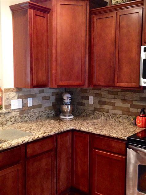 kitchen with granite backsplash airstone backsplash in kitchen quot autumn mountain quot maple 6513