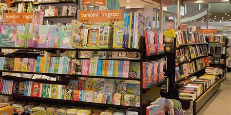 Libreria Giunti Genova by Giunti Al Punto Galleria Vetrata Roma Tiburtina