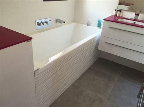 ilots de cuisine but salle de bains baignoire blanche sur les pennes