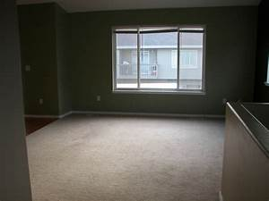Empty Living Room | Facemasre.com