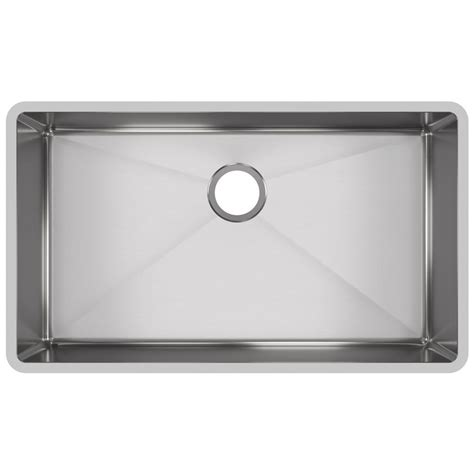 stainless steel sinks kitchen elkay crosstown undermount stainless steel 32 in single 5736