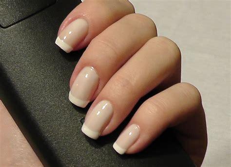 Белый френч на ногтях 100 фото новинок дизайна вариантов декора . pixfeed