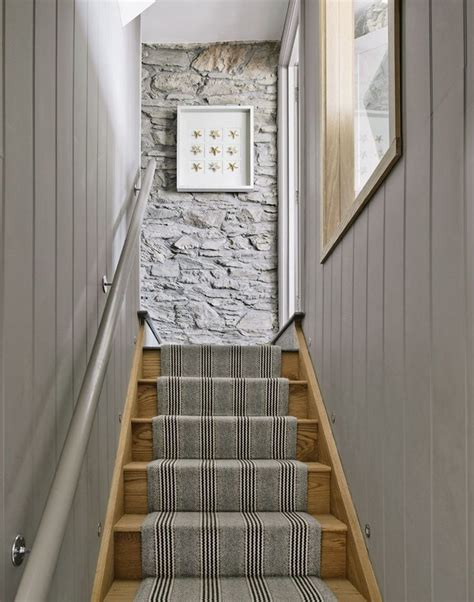Treppenaufgang Tapezieren Ideen by Top Painted Stairs Ideas Pictures To Make Your Stair More