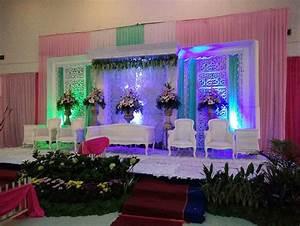 40 Dekorasi Pernikahan Modern Elegan Minimalis Terbaru