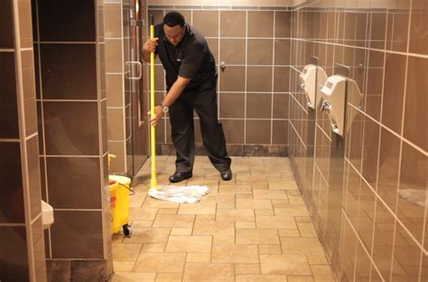 restroom cleaning office care