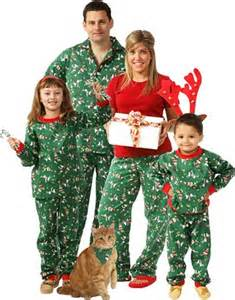 win matching pajamas for the whole family snug as a bug review giveaway momspotted
