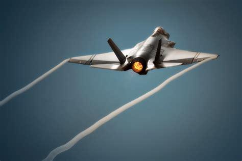 US Navy Jet Fighter Aircraft