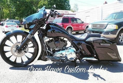 Custom Harley Bagger Motorcycles Built By Iron Hawg Cc